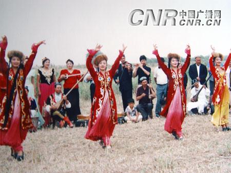 新疆维吾尔族民间文化拍摄纪实[图文]