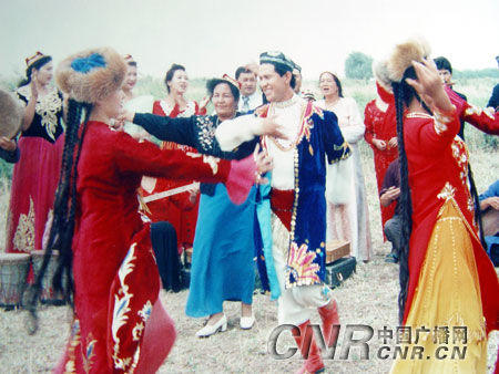 新疆维吾尔族民间文化拍摄纪实